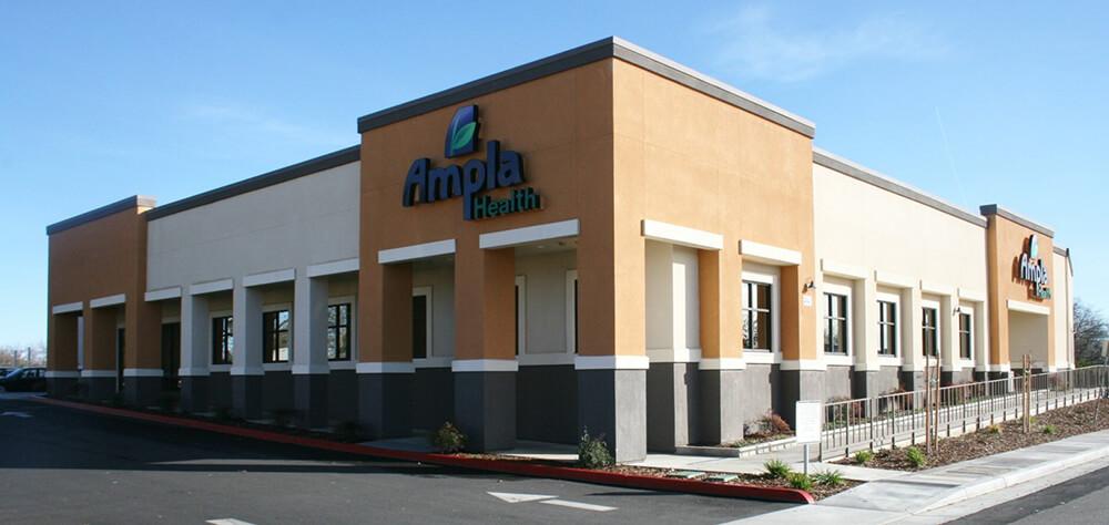 Ampla health care center lindhurst